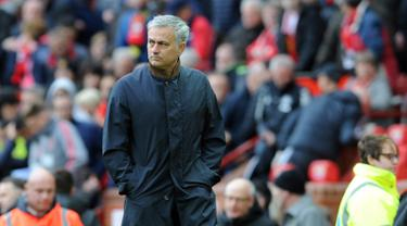Lewat Gol Fellaini, Manchester United Kalahkan Arsenal pada Menit Akhir