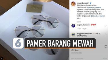 Kebiasaan pamer barang mewah di media sosial sering dilakukan sebagian orang. Seperti Mulan Jameela yang belum lama ini pamer kacamata Gucci. Namun hal tersebut bisa berdampak negatif.