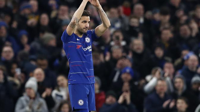 Cesc Fabregas menjalani laga terakhirnya bersama Chelsea saat menghadapi Nottingham Forest pada babak ketiga Piala FA, di Stamford Bridge, Sabtu (5/1/2019). (AP Photo/Alastair Grant)#source%3Dgooglier%2Ecom#https%3A%2F%2Fgooglier%2Ecom%2Fpage%2F2019_04_14%2F618845