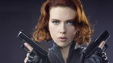 [Bintang] Scarlett Johansson sebagai Black Widow