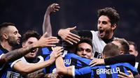 Inter Milan merayakan kemenangan atas AC Milan pada laga pekan keempat Serie A. (AFP/Marco Bertorello)