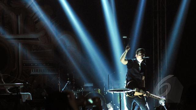 Konser Ketiga Owl City Tetap Disambut Meriah Penonton