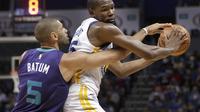 Kevin Durant cetak triple double  (AP Photo/Chuck Burton)