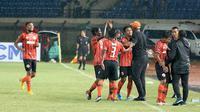 Sempat unggul, Perseru akhirnya kalah dari Persebaya pada laga perdana di Piala Presiden 2019, Sabtu (2/3/2019). (Bola.com/Aditya Wany)