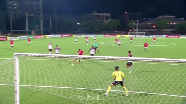 Hang Yuen kalah telak 1-4 oleh tim tamu Benfica Macau di Piala AFC pada Rabu (2/5). Blunder demi blunder dibuat oleh barisan perta...