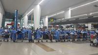 Proses repatriasi 135 WNI yang terdampak lockdown di India oleh KBRI New Delhi. (Dok: KBRI New Delhi)