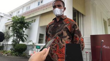 Suroto, peternak asal Blitar yang viral karena membentangkan poster saat Jokowi kunker ke Jatim