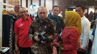 Menteri Koperasi dan Usaha Kecil dan Menengah (UKM) Teten Masduki di Gedung SMESCO, Jakarta, Senin, (9/3/2020).