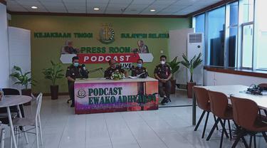 Kejati Sulsel melayangkan panggilan terhadap Kadispenda Kota Makassar dalam dugaan kasus pencucian uang penggunaan kredit bank plat merah di Makassar (Liputan6.com/ Eka Hakim)