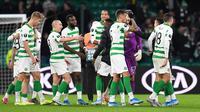 Pemain Celtic merayakan kemenangan 2-1 atas Lazio pada laga lanjutan Grup E Liga Europa, di Celtic Park, 24 Oktober 2019. (AFP/ANDY BUCHANAN)