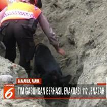 Sebanyak 112 jenazah korban banjir bandang Sentani berhasil dievakuasi. Anjing pelacak dikerahkan untuk membantu proses pencarian.