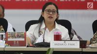 Menteri Koordinator Pembangunan Manusia dan Kebudayaan Republik Indonesia (Menko PMK), Puan Maharani memimpin rapat tingkat menteri  di kantornya, Jakarta, Kamis (12/7). Rapat membahas persiapan pelaksanaan Asian Games 2018. (Liputan6.com/Angga Yuniar)