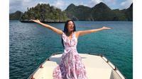 Kapal Sempat Mogok, Ini 6 Momen Seru Liburan Aurelie Moeremans di Raja Ampat (sumber: Instagram.com/aurelie)