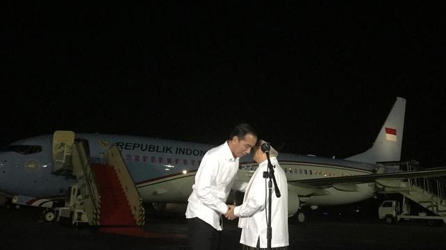 Paslon 01 Jokowi-Ma'ruf Amin di Halim Perdanakusuma, Jakarta, Kamis (27/6/2019). (Liputan6.com/Lizsa Egeham)