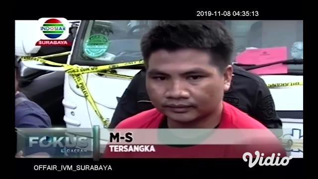 Pelaku perampokan truk muatan kayu di jalan tol dengan sopir diikat dan dibuang di persawahan. Akhirnya dibekuk aparat kepolisian Polrestabes Surabaya. Polisi menyita barang bukti satu unit truk bermuatan kayu yang bernilai Rp. 200 juta.