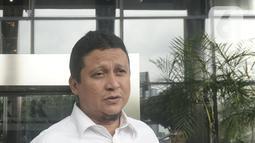 Plt Ketua DKPP Muhammad menyampaikan keterangan usai bertemu penyidik KPK di Gedung KPK, Jakarta, Rabu (15/1/2020). Sidang etik terhadap tersangka Komisioner KPU Wahyu Setiawan akan dilaksanakan di Rumah Tahanan Cabang KPK. (merdeka.com/Dwi Narwoko)