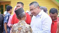 Menteri Desa, Pembangunan Daerah Tertinggal dan Transmigrasi Eko P Sandjojo mengunjungi Desa Sinar Pagi, Kecamatan Seluma Utara, Kabupaten Seluma.