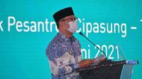 Gubernur Jawa Barat Ridwan Kamil dalam acara Rembuk Nasional Vokasi dan Peresmian Kewirausahaan Balai Latihan Kerja (BLK) Komunitas Tahun 2020 di Pondok Pesantren Cipasung, Tasikmalaya, Jawa Barat, Selasa (8/6/2021).
