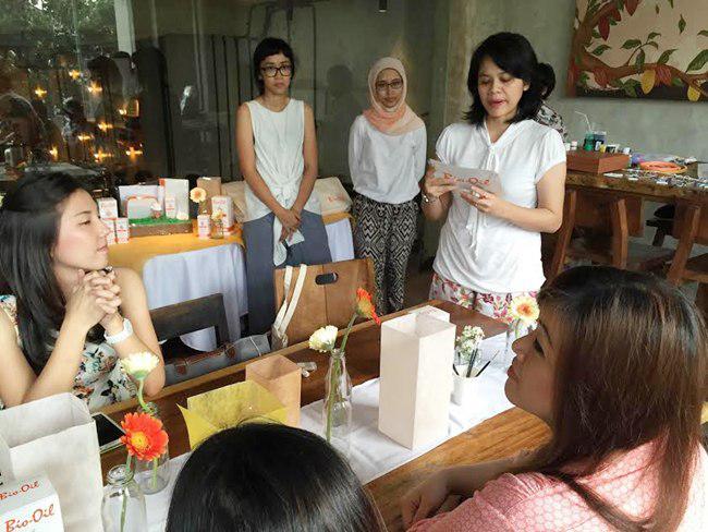 Bio Oil bekerja sama dengan komunitas The Urban Mama (TUM)  mengajak para ibu berbagi cerita bahagia melalui akun twitter maupun instagram   foto: copyright vemale/yuni