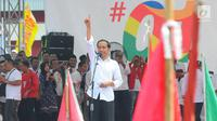 Capres 01 Joko Widodo saat kampanye terbuka di Banyumas, Jawa Tengah, Kamis (4/4). Dalam kampanye tersebut Jokowi mengajak para pendukung untuk memerangi hoax dan memenangkan pasangan no urut 01 Jokowi-ma'ruf di banyumas.(Liputan6.com/Angga Yuniar)
