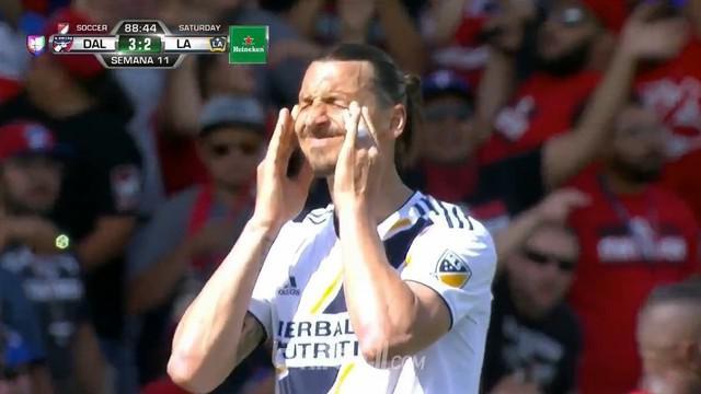 Berita video Zlatan Ibrahimovic masih merasakan terpuruk bersama LA Galaxy karena kembali menelan kekalahan dari FC Dallas di MLS. This video presented by Ballball.