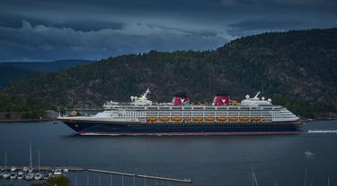 Ilustrasi Disney Cruise