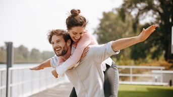 5 Tips Berkencan dengan Sahabat Anda Sendiri