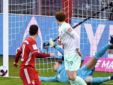 Foto Liga Jerman: Bayern Ditahan Bremen 1-1, Neuer Buktikan Kualitas