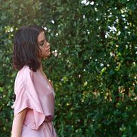 Selena Gomez sendiri jatuh cinta pada Justin Bieber karena ia adalah paket lengkap. (instagram/selenagomez)