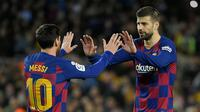 Gerard Pique pernah bermain satu tim bersama Lionel Messi saat di Barcelona. Jauh sebelumnya Pique merupakan rekan Cristiano Ronaldo ketika dirinya membela Manchester United sebelum hengkang 2008 silam. (Foto: AFP/Lluis Gene)