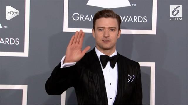 Justin Timberlake baru saja mengumumkan lewat akun instagramnya kalau ia harus menunda konsernya karena alami pita suara memar.