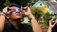 Waspada membeli kacamata gerhana matahari. Sementara itu umat Hindu DIY gelar upacara Tawur Agung Kesanga.