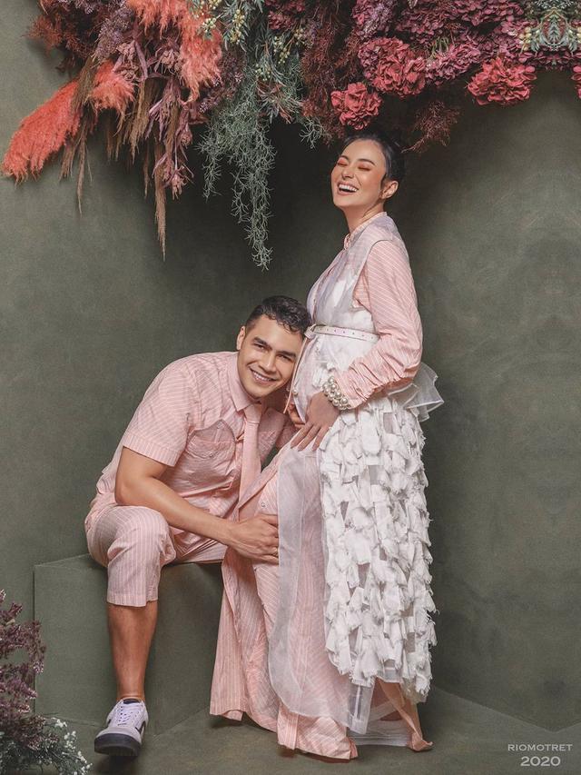 Asmirandah dan Jonas Rivanno. (Foto: Rio Motret dari Instagram @asmirandah89)
