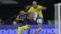 Brasil pun berusaha mencari gol penyeimbang lewat beberapa serangan. Namun sayangnya skor 0-1 tak berubah hingga peluit turun minum dibunyikan. (Foto: AP/Silvia Izquierdo)