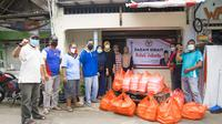 Paket sembako untuk korban banjir Jakarta dari Senator daerah pemilihan DKI Jakarta, Sabam Sirait. (Ist)