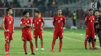 Pemain Persija usai dikalahkan Home United pada laga kedua Semifinal Zona Asia Tenggara Piala AFC 2018 di Stadion GBK, Jakarta, Selasa (15/5). Persija kalah 1-3 dan agregat 3-6. (Liputan6.com/Helmi Fithriansyah)