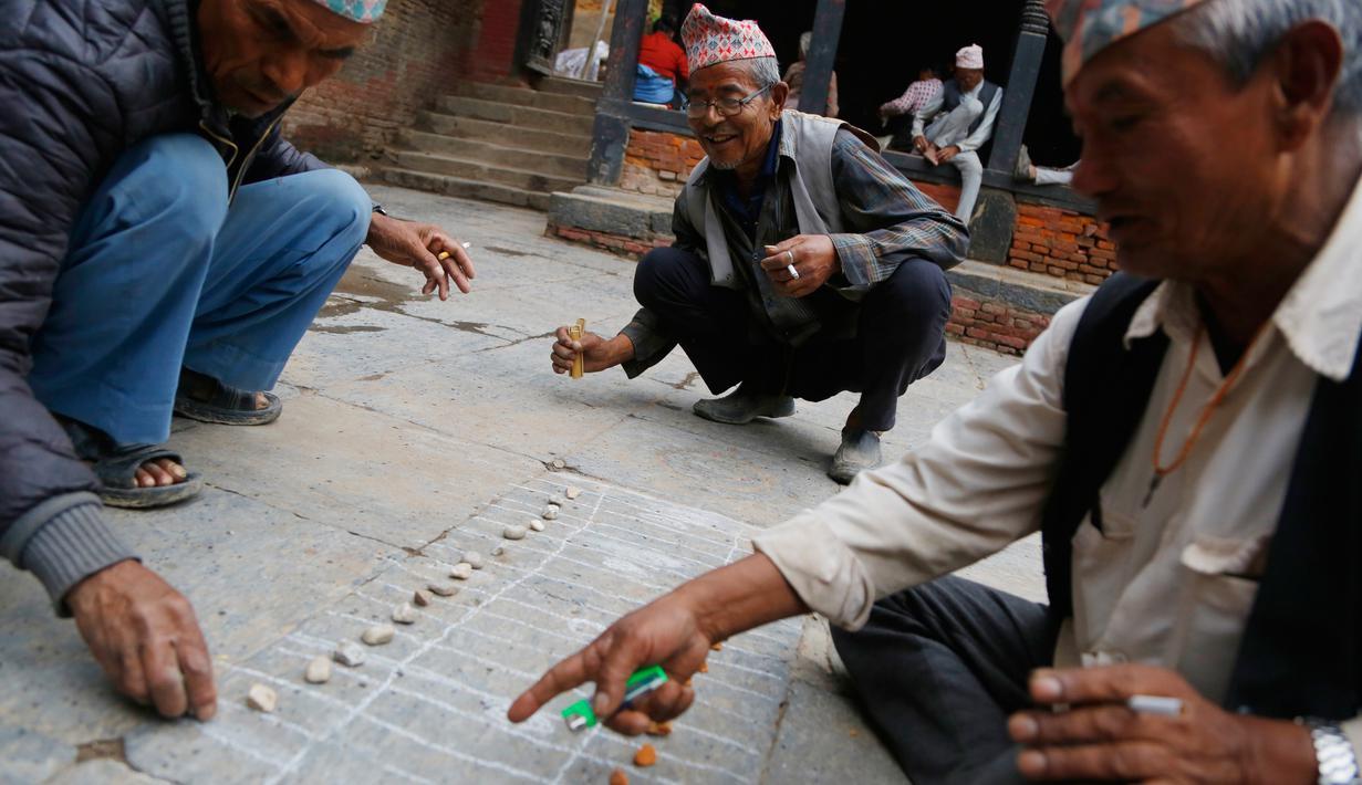 Foto Hampir Punah Ini Permainan Lokal Nepal Yang Mirip Catur Global Liputan6 Com