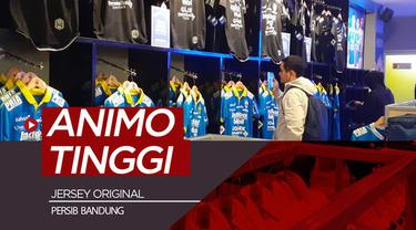 Berita video Bobotoh memiliki animo yang tinggi untuk membeli jersey orisinal tim kesayangan, Persib Bandung.