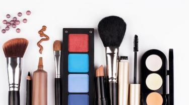 10 Online Shop Terpercaya untuk Belanja Produk Kecantikan