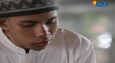 """Pendengarannya itu luar biasa saya sangat terkagum-kagum waktu saat tes,"" terang Ustad Alwi, selaku Guru Ngaji Muhammad Riring."