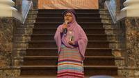 TKI Yuli Riswati usai dianugerahi Penghargaan Sastra Taiwan untuk Migran. (Taiwan Literature Award for Migrants)