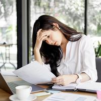 Tantangan perempuan dalam berkarier./Copyright shutterstock.com
