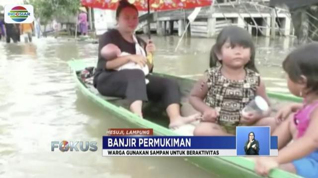 Banjir di Mesuji Timur, Lampung, meluas hingga merendam tiga desa, yaitu Desa Talang Gunung dan Desa Induk Talang Batu.