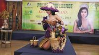 Inilah penampakan National Costume yang akan dibawa oleh Puteri Indonesia Lingkungan 2017 ke panggung Miss International 2017.