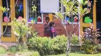 Polisi dari Polda Metro Jaya memeriksa 11 orang saksi terkait kasus penelantaran 5 anak di bawah umur oleh orangtuanya sendiri di Cibubur.