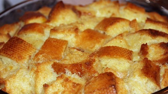 Cara Membuat Puding Roti Tawar Sendiri Di Rumah Sederhana