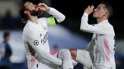 Real Madrid - Anak asuh Zinedine Zidane sukses menyingkirkan Liverpool lewat kemenangan agregat 1-3. Pada leg pertama di Madrid, Los Blancos sukses menekuk Liverpool 3-1 dan mampu menahan imbang The Reds di Anfield dengan skor 0-0. (AP/Bernat Armangue)