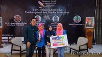 Dua Mahasiswa President University yang baru kuliah 1 semester telah berhasil meraih juara 1 dalam Lomba Karya Tulis Ilmiah Tingkat Nasional