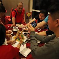 Menikmati Salad Yee Sang dan Chinese Tea | Novotel Tangerang