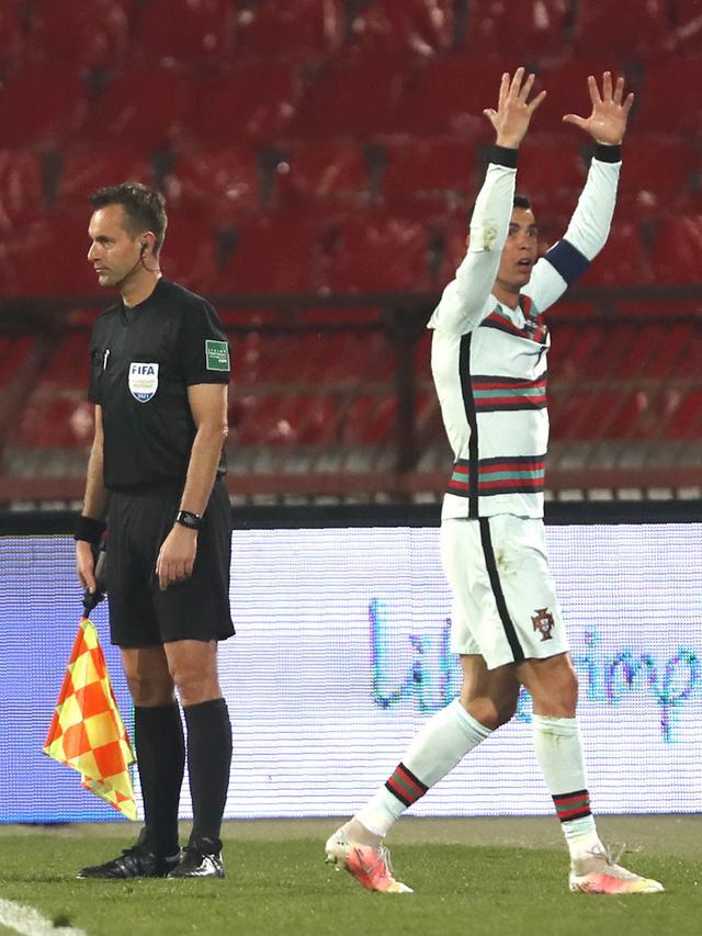 Pemain Portugal Cristiano Ronaldo (AP Photo/Darko Vojinovic)